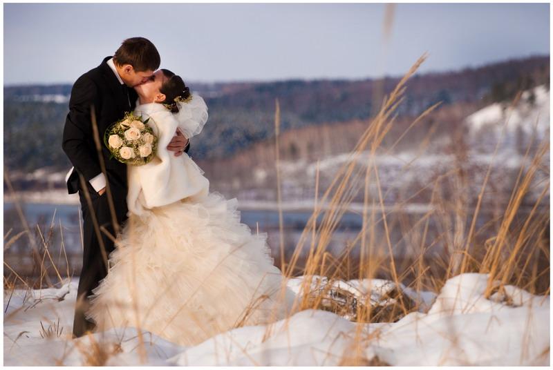 vybiraem-palto-dlya-zimnej-svadby.jpg