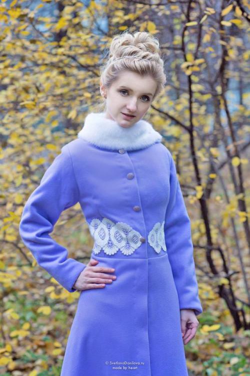 женское пальто сиреневое.jpg